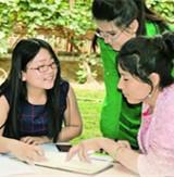 新疆和田师专:各民族学生亲如兄弟姐妹