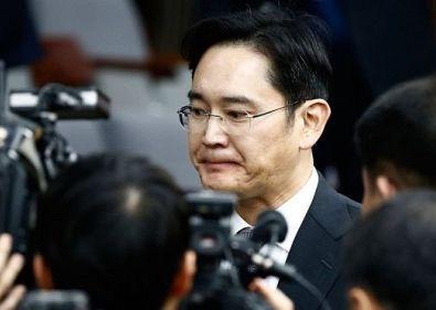 三星继承人李在镕收逮捕令 涉朴槿惠弹劾案