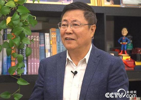 """王宁利:追逐""""光明""""的临床科学家"""