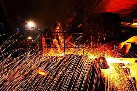 10月份的国际钢市继续调整走势,全球钢市趋势性调整蓄势的概率较大