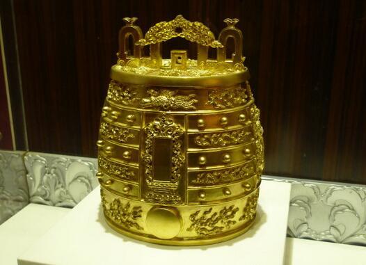天坛镇馆之宝明代鎏金铜编钟回国首次亮相