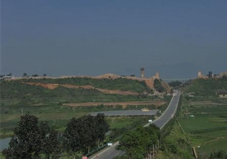 进入宁乡炭河古城的第一个景点:古阙公园