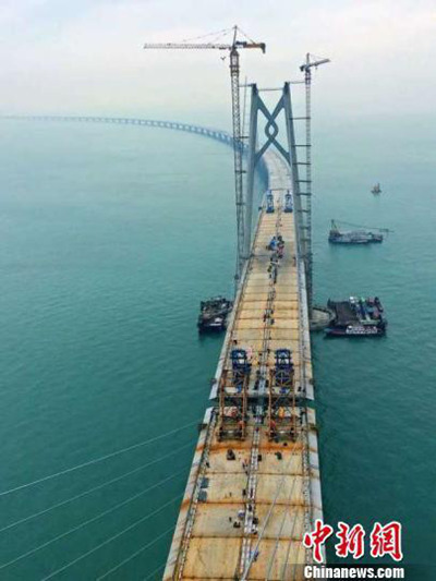 江海直达船航道桥