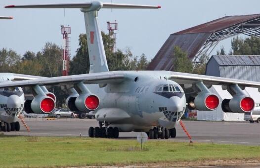 俄罗斯飞机失联:飞机巡视火灾区域发生事故