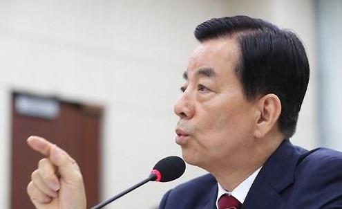 韩国防部长忽悠:萨德只是一个防空炮兵连