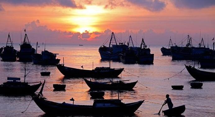 外媒专家:在南海中国民兵渔船比军舰难对付
