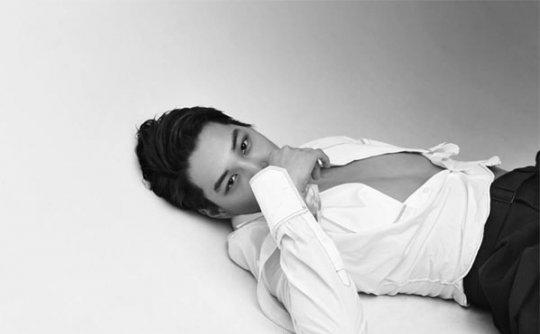 EXO成员KAI男性杂志画报公开 能不能把你的衣服穿起来
