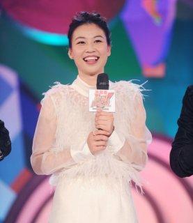 首战后亮相《中国冠军范》 易思玲称:人生最感恩两个男人