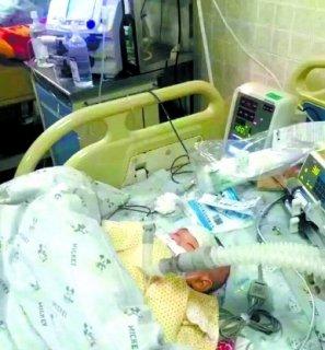 河北女婴患急症命悬一线火速进京 两地交警爱心接力