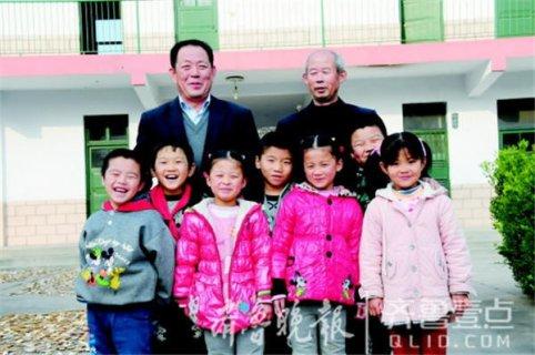 山东淄博最小学校为7娃坚守深山 两名教师既当老师又做父母