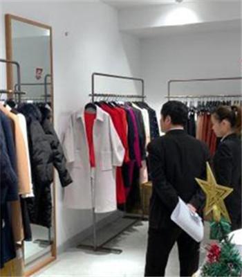 试衣镜砸死女童事件后续:可移动的镜子全部清理出商场