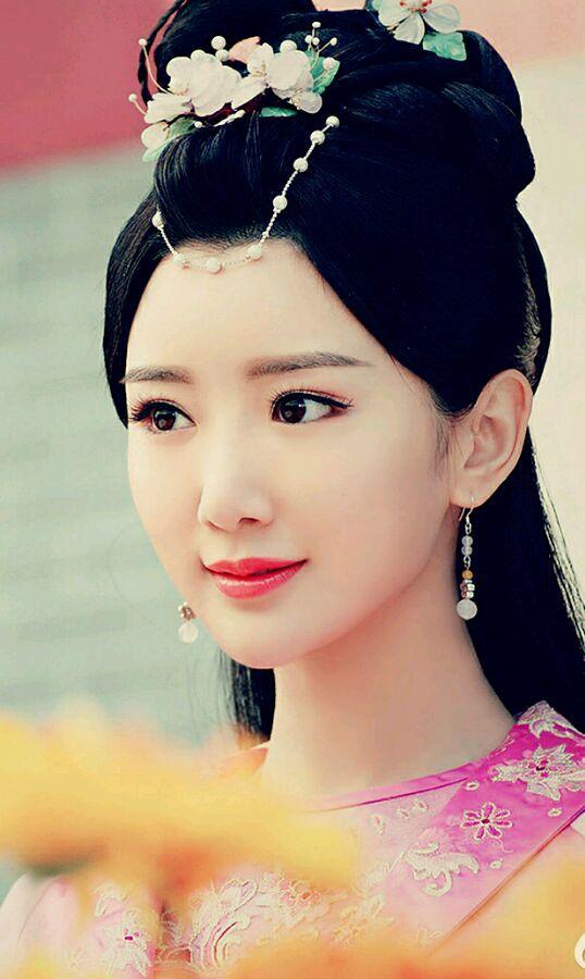 古装剧深闺女子谁最美?毛晓彤占两席,杨颖被她秒杀