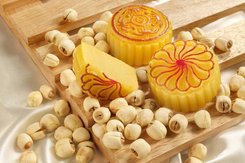 月饼新标实施半年多 莲蓉月饼莲子含量不能低于60%