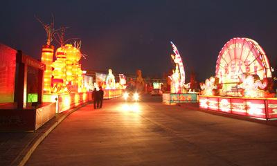 井陉县金灯节:历史悠久 寄托人们美好的祝愿