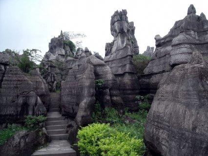 万盛石林:我国目前考证最为古老的石林
