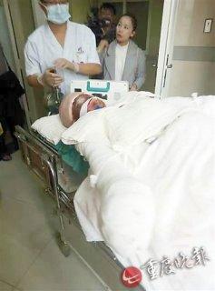 重庆14岁救父少女手术成功:获捐160余万 高中学费被免除