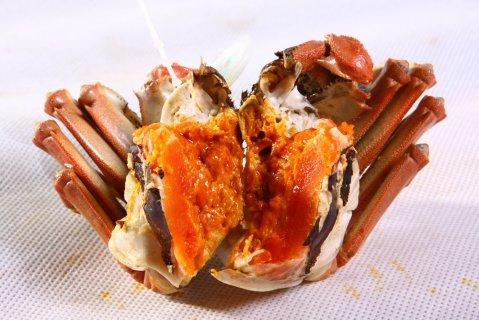 黄陂湖大闸蟹:膏肥肉美 肉质细腻鲜甜