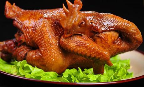 道口烧鸡:异香醒神 回味无穷
