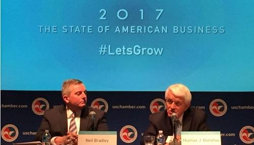 美国商会盛赞川普搞经济:百年未遇之机会