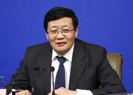 """新华社:""""中国总税率为68%""""的说法靠谱吗?"""