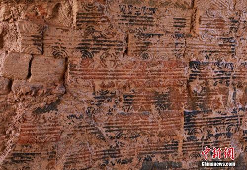 湖南现东汉末年砖式古墓 墓砖纹式精美砌筑考究 组图