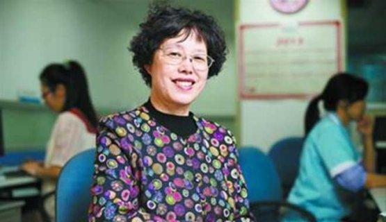 义诊30年的她手术次日即返岗 唯一一次缺勤是因为女儿