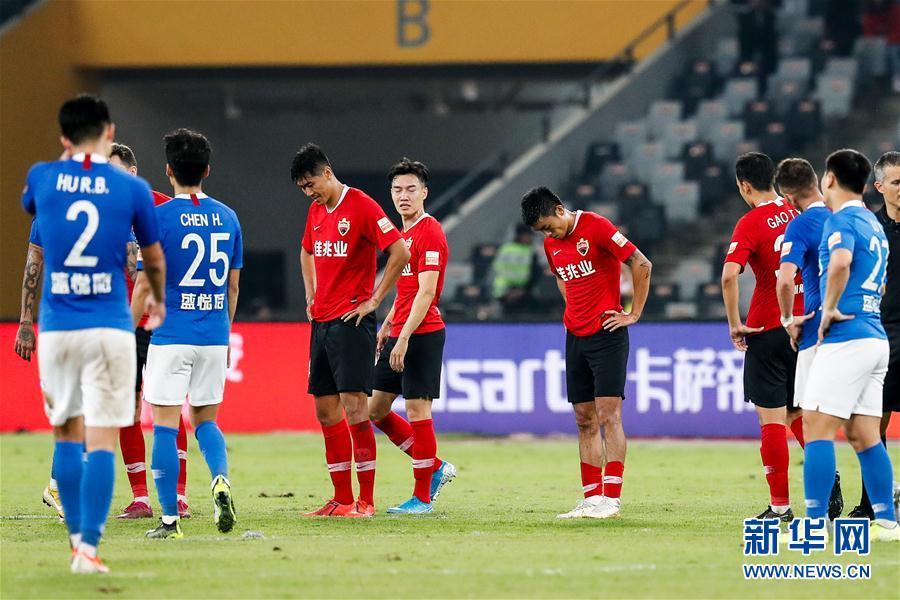 #(体育)(17)足球——中超:深圳佳兆业提前一轮降级